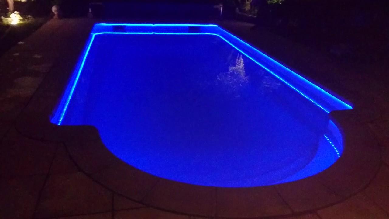 Projecteur piscine led - Avantage Service Piscine