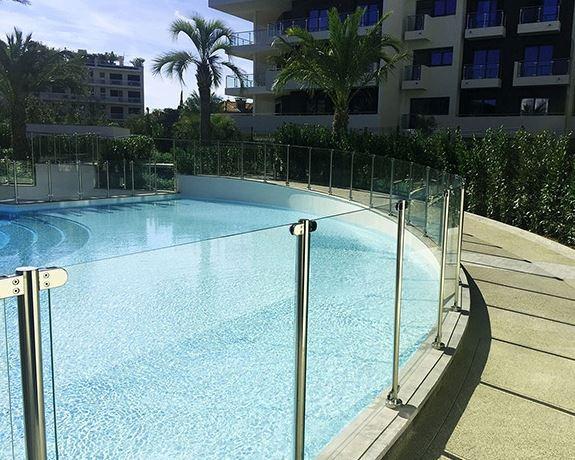 Barrière piscine sécurité Ikare - verre