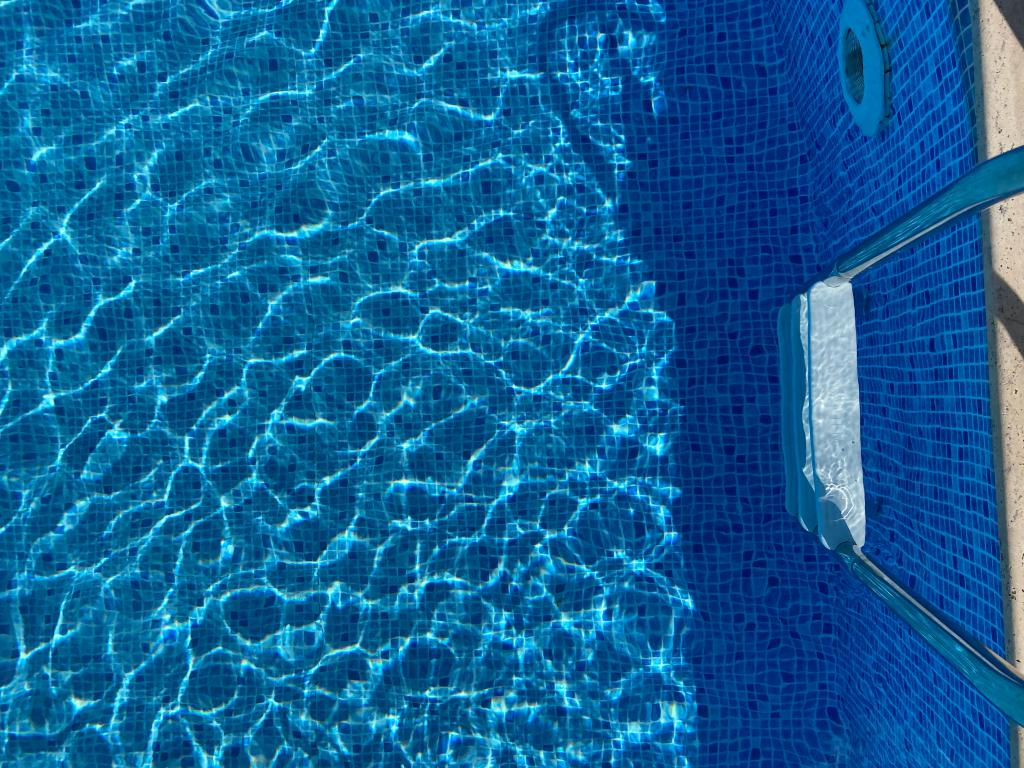 Revêtement de piscine - mosaïque et polyester - Avantage Service Piscine